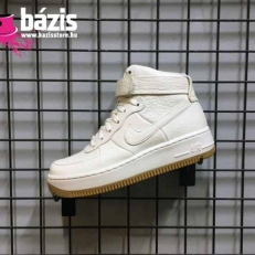 e00416520b Air Force 1 Upstep HI Pinnacle