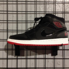 Air Jordan 1 Retro Mid 'Bred'