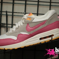 Air Max 1 (pink-grey-white)