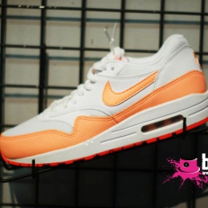 Air Max 1 (white-orange)