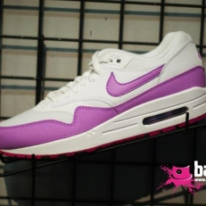 Air Max 1 (white-purple)