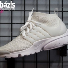 Air Presto Flyknit Ultra 'Triple White'
