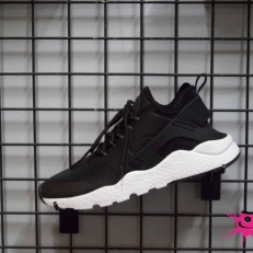 Huarache Run Ultra Premium
