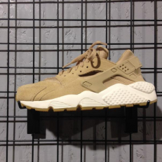 Nike Air Huarache Run SB Beige