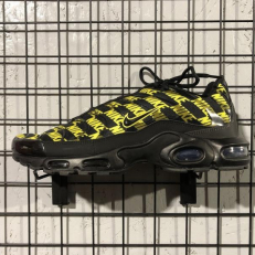 Nike Air Max Plus Black Optic Yellow