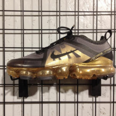 Nike Air Vapormax 2019 (GS) - Black/ Mettalic Gold/ Black