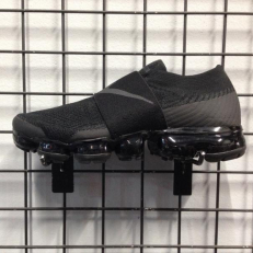 Nike Air VaporMax Moc 'Triple Black'