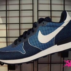 Internationalist Jacquard