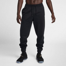 Nike LeBron Performnce Fleece Therma Tapered Pants - Black/ Black