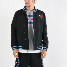 Nike NBA Chicago Bulls Courtside Jacket - Black/ University Red/ Valour Blue/ White
