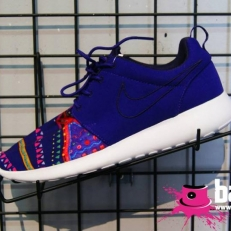 Roshe Run (purple-patterned)