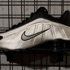Nike Shox Air R4 Black Metallic Silver