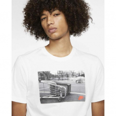 Nike Sportswear Graphic T-Shirt - White