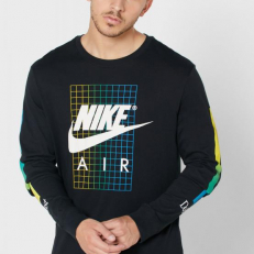 Nike Sportswear Long-Sleeve T-Shirt - Black