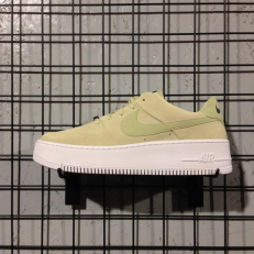 Nike W Air Force 1 Sage Low 'Olive Aura'