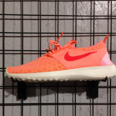 Nike W Juvenate - Atomic Pink/ Bright Crimson